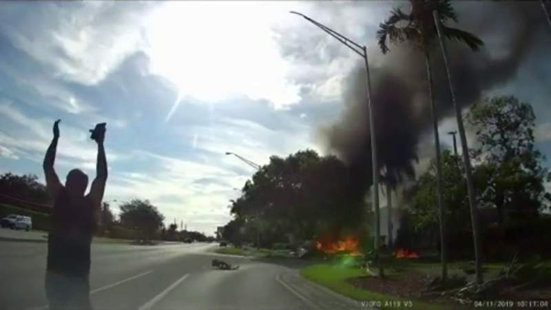 Flight school whose plane crashed in Miramar has had issues before