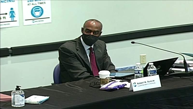 Runcie negotiates terms of separation with Broward school board