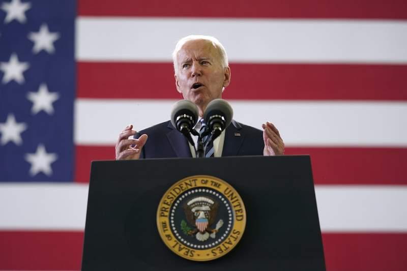 Foto tomada el 9 de junio del 2021 del presidente Joe Biden en una base militar en Suffolk, Inglaterra. (Foto AP/Patrick Semansky, File)