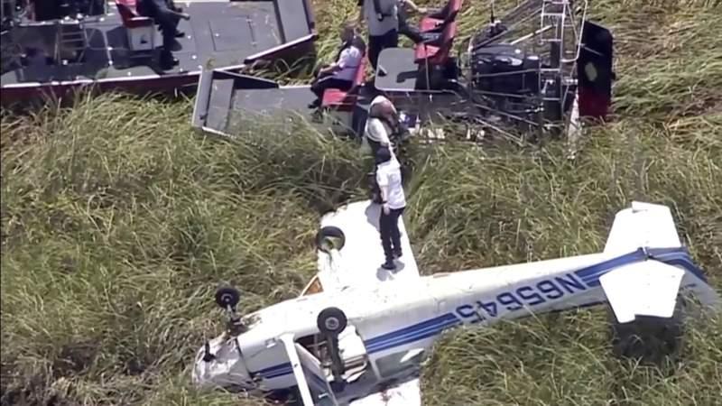 Training flight makes emergency landing in Everglades