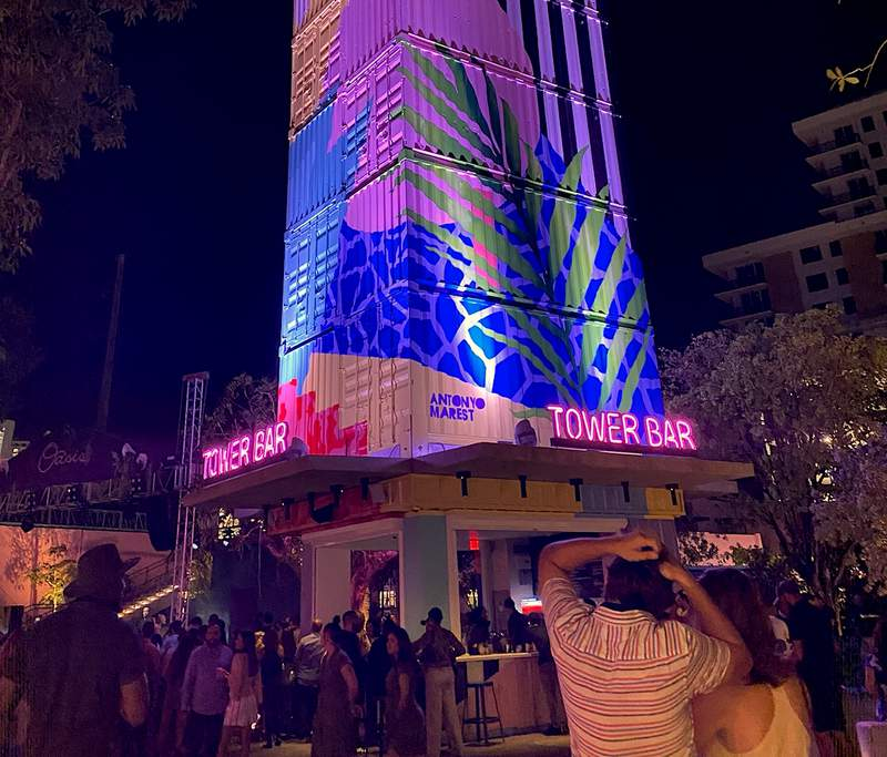 The Tower Bar at The Oasis in Wynwood. Photo by Nicole Lopez-Alvar.