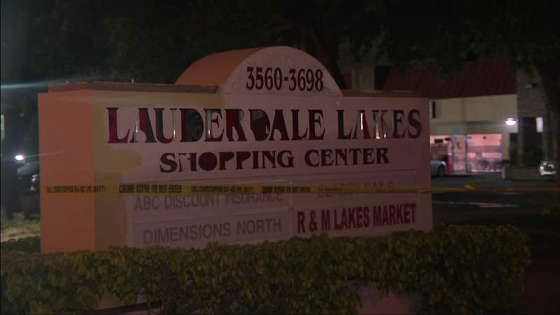 Apparent shooting reported at Lauderdale Lakes shopping plaza