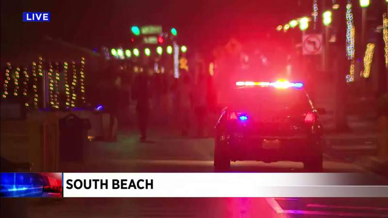 Officers enforce 8 p.m. curfew at South Beach's entertainment district