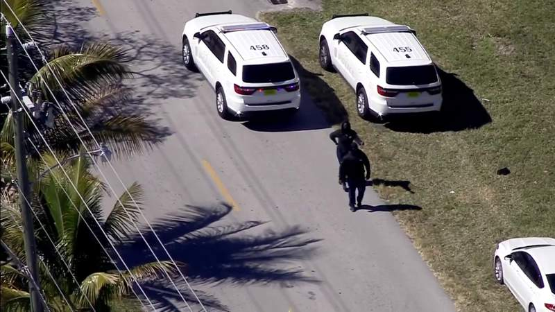 One person shot in Miami Gardens gated neighborhood