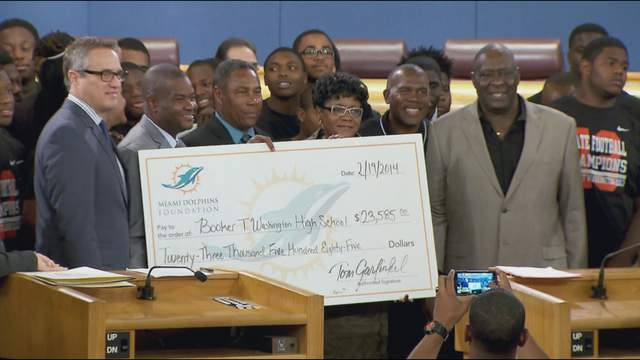 Booker T. Washington High School football team honored at Miami-Dade County Commission meeting.