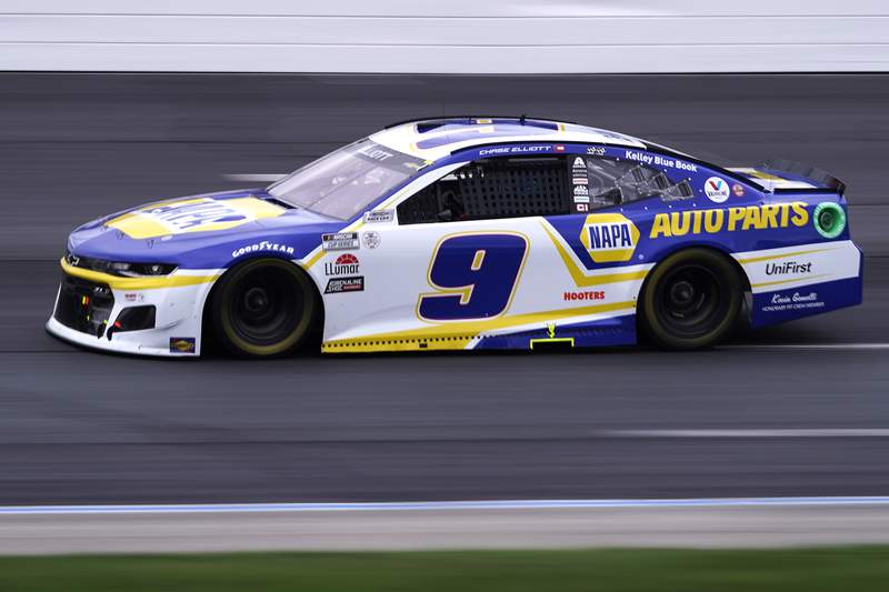 Chase Elliott competes at a NASCAR Cup Series auto race, Sunday, July 18, 2021, in Loudon, N.H. (AP Photo/Charles Krupa)