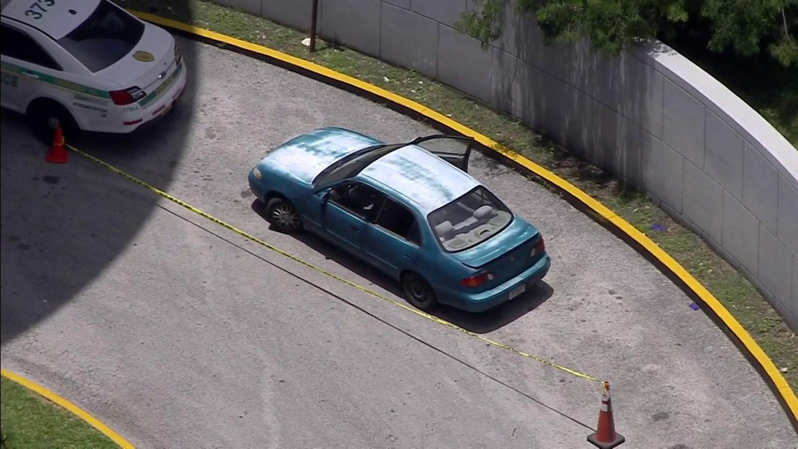 Woman arrives to JMH with 2 girls injured in Hialeah shooting