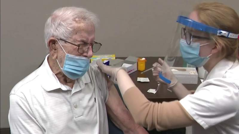 Florida will expand its vaccination of homebound seniors to veterans of World War II and the Korean War, Gov. Ron DeSantis announced.