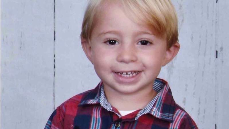 Family prepares to bury boy killed in father's murder-suicide