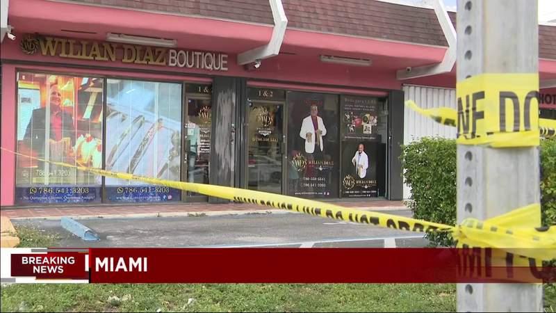 Police investigate reported jewelry store robbery in Miami