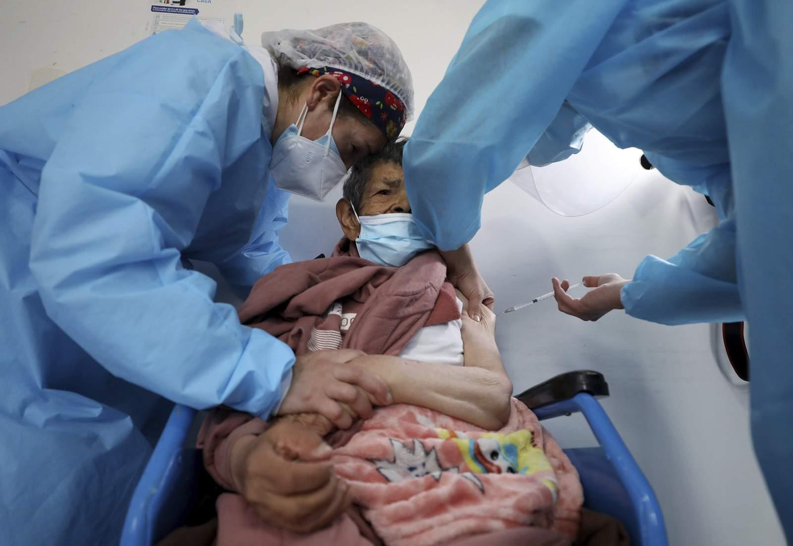 Colombia es el primero en América en recibir vacunas del programa de la ONU