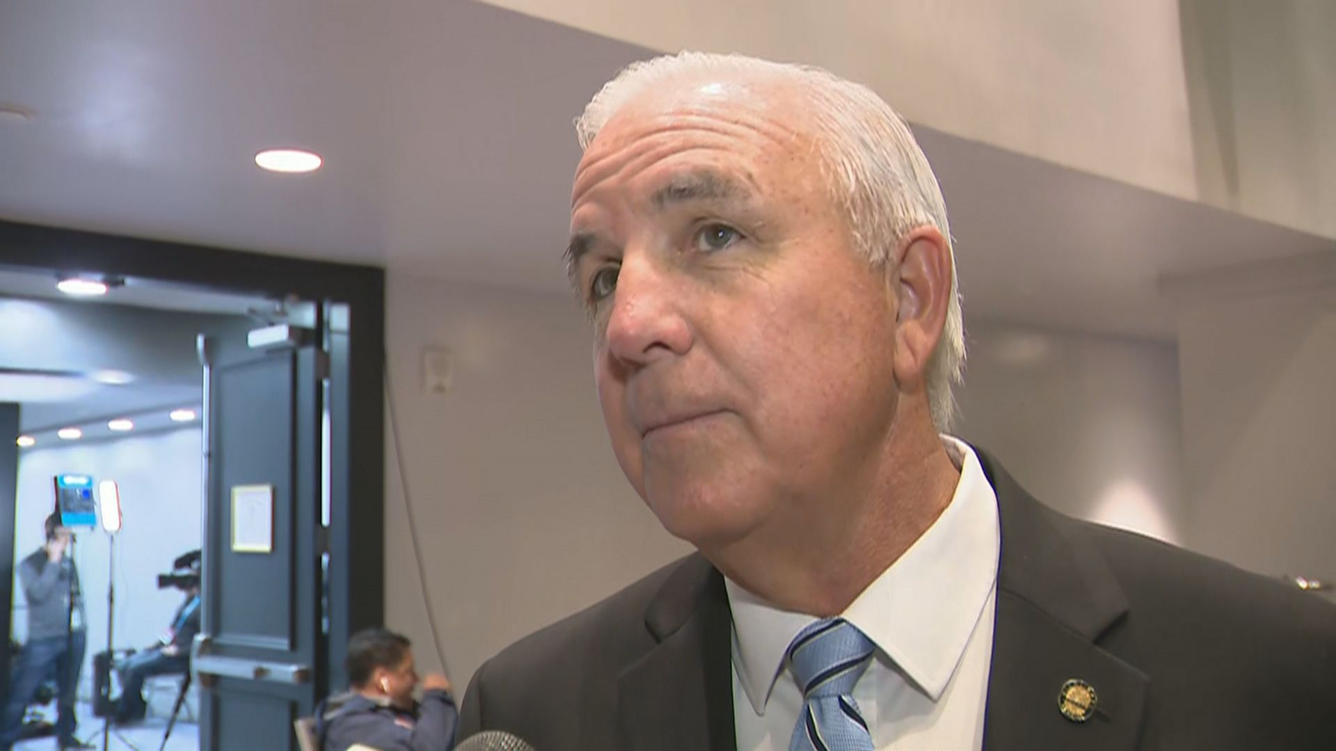 Miami-Dade County mayor defends closing indoor dining after week of push back