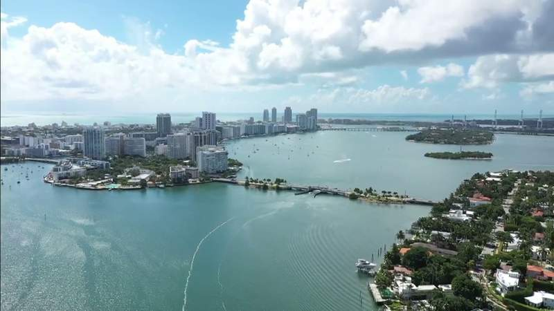 Miami-Dade approves new fertilizer law, aiming to help save Biscayne Bay