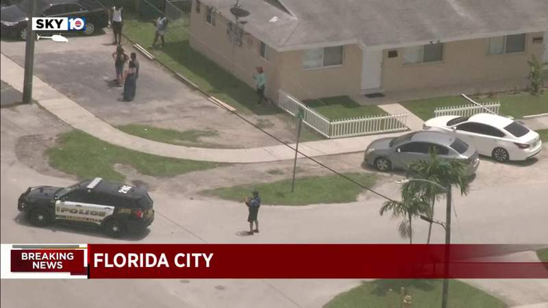Man shoots at postal service worker in Miami-Dade