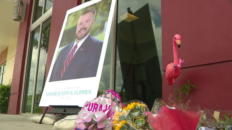 Town mourns mayor who died unexpectedly of brain aneuryism