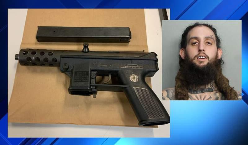 Drug and gun arrest on Miami Beach