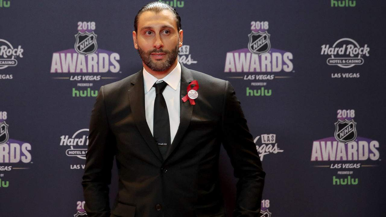 Roberto Luongo's No. 1 jersey set to be retired by Panthers
