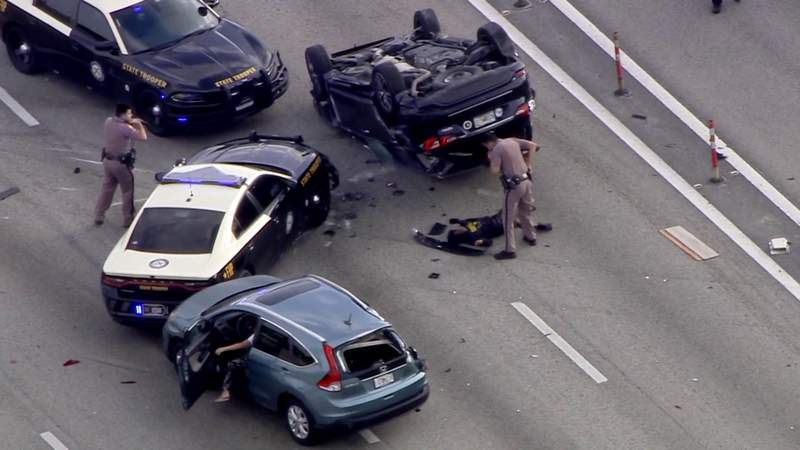 Sky 10 over police chase on I-95 in Broward County