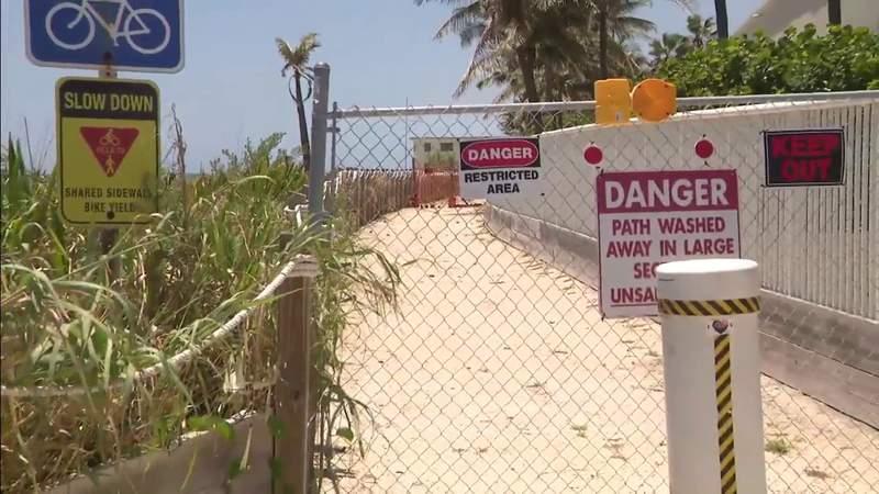Una vía pública en Hollywood permanece cerrada por una asociación de condominios