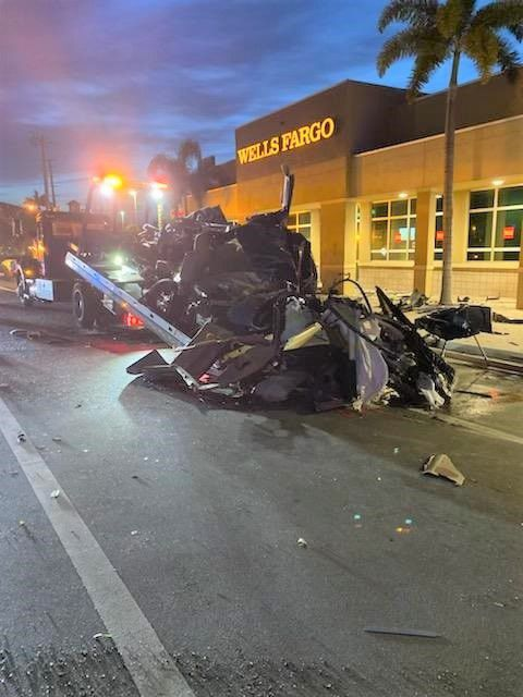 UPDATE: 18-year-old driver dies in horrific Sunday morning Wilton Manors crash