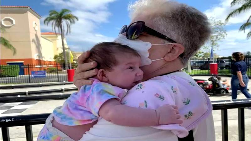 Aventura grandmother has emotional reunion with family after finally getting vaccinated