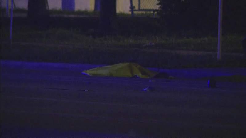 Tamarac hit-and-run crash near club kills 1, injures 1