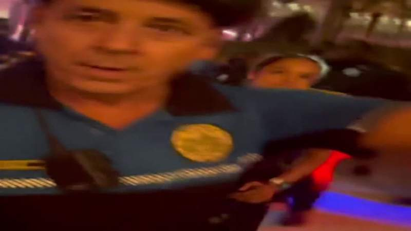 EXPLETIVES WARNING: New York tourists films officers before arrest
