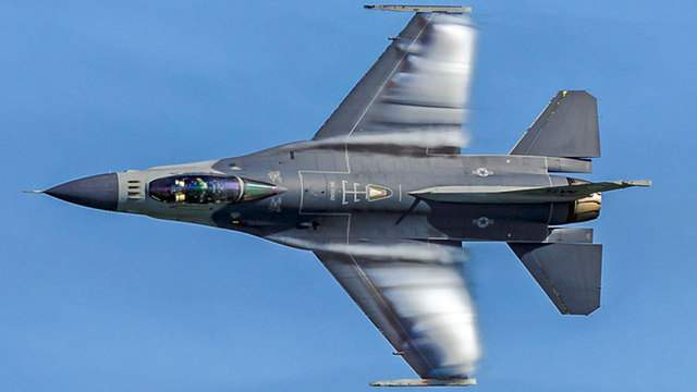 The F-16 Viper will be part of the rescheduled 2020 Fort Lauderdale Air Show.