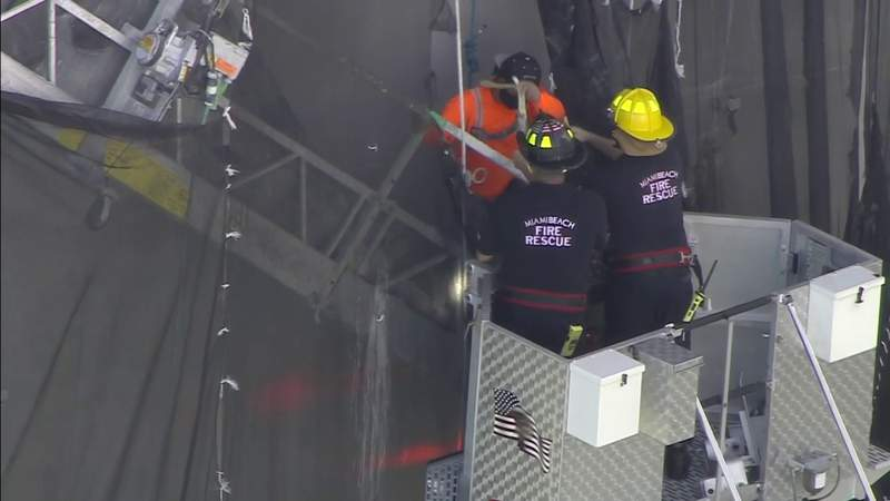 2 workers rescued after scaffolding incident in Miami Beach