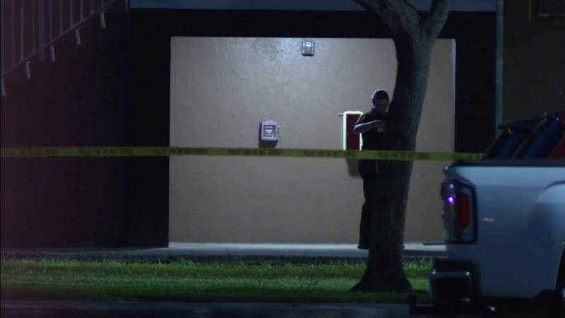 Woman shot multiple times in Miami Gardens, police say