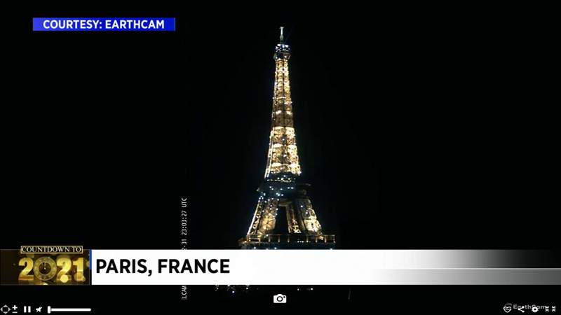 Paris adds sparkles to the Eiffel Tower to welcome 2021