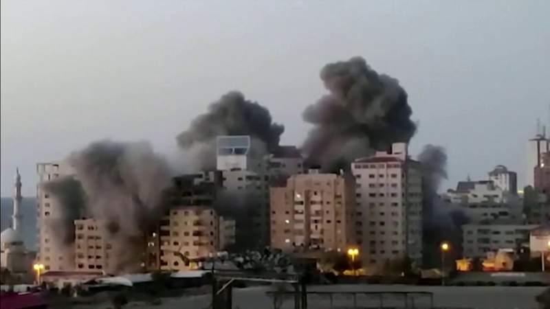 Fighting escalates between Israel, Hamas