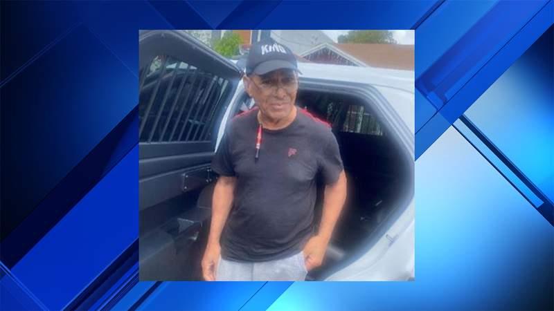 Police in Miami are searching for 77-year-old Rafael Leonardo Diaz.