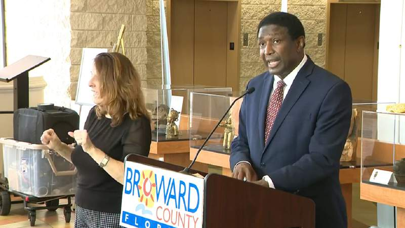Broward County Mayor Dale Holness speaks at Sept. 4 news conference.