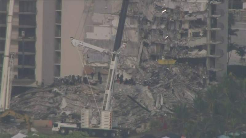 Fire chief discusses rescue and recovery efforts at building collapse site