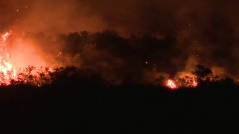 Broward asks Weston residents to stay indoors due to smoke from brush fire