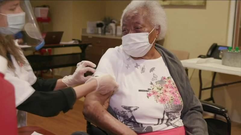 DeSantis: Nearly 350,000 Florida seniors have received COVID-19 vaccine