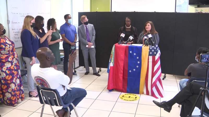 Líderes venezolanos y haitianos piden protecciones permanentes tras fallo de la Corte Suprema