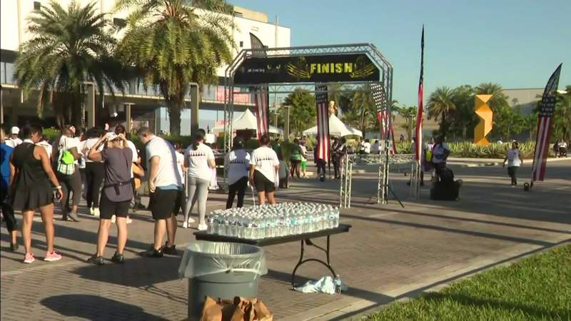 Breast Cancer awareness walk takes place in Miami