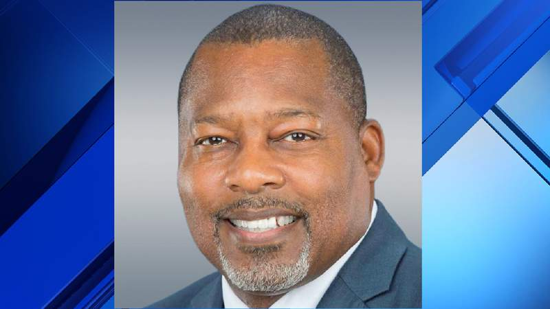Voters elect Rodney Harris as the new mayor of Miami Gardens.