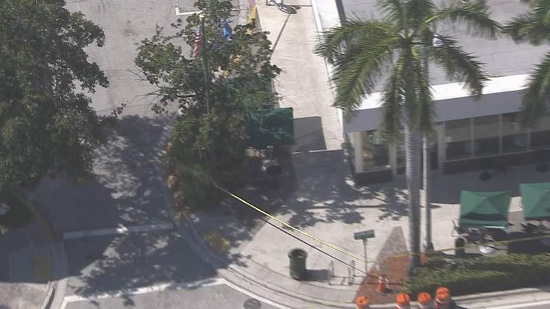 According to the Miami Beach Police Department, someone called a business in the Arthur Godfrey area to make an anonymous bomb threat on Thursday afternoon.