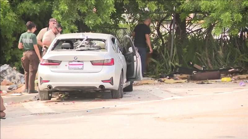 2 killed when silver BMW shot up early Tuesday in Miami-Dade