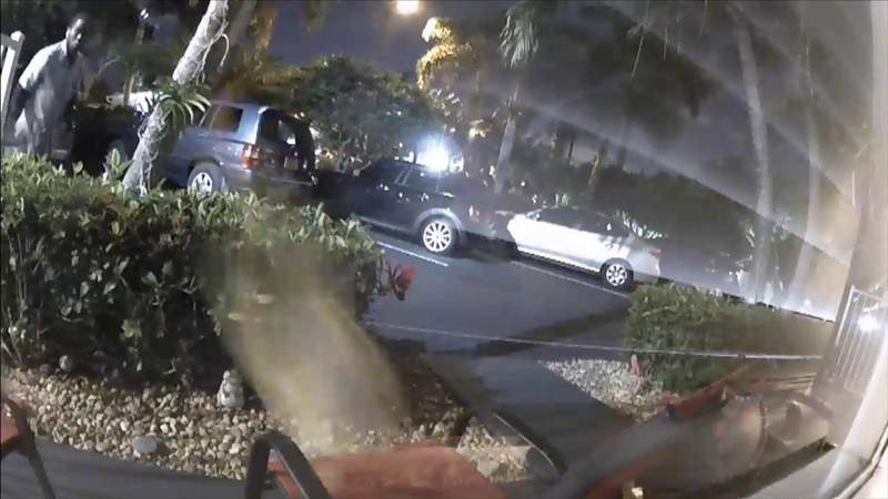 Rough delivery by postal worker tossing packages caught on camera