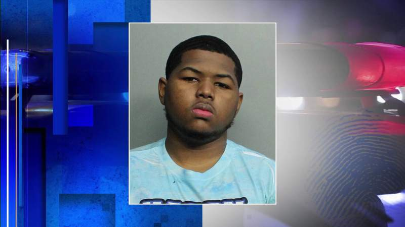 Teen arrested in connection to Aventura Mall shooting