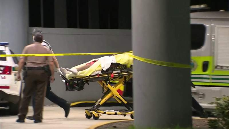 Miami-Dade shooting leaves at least 2 injured