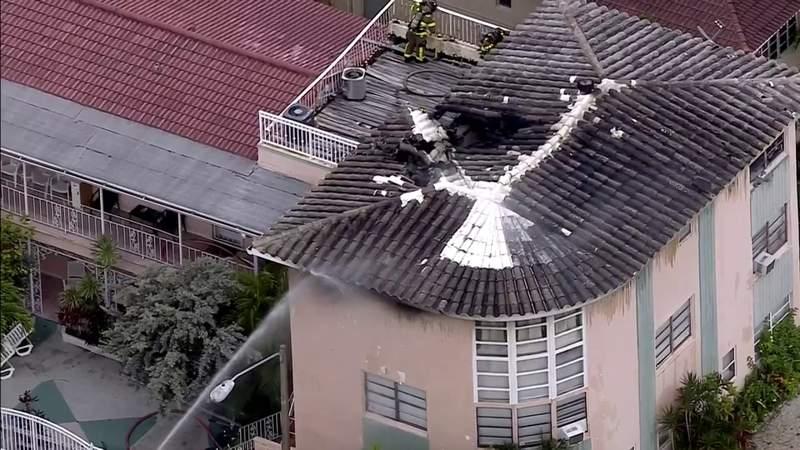Fire erupts inside Miami Beach apartment building