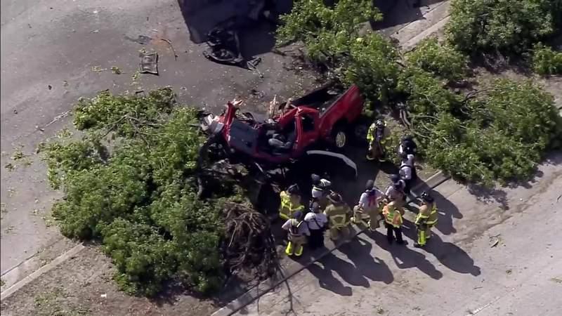 1 killed, several injured in 3-vehicle crash in Opa-locka