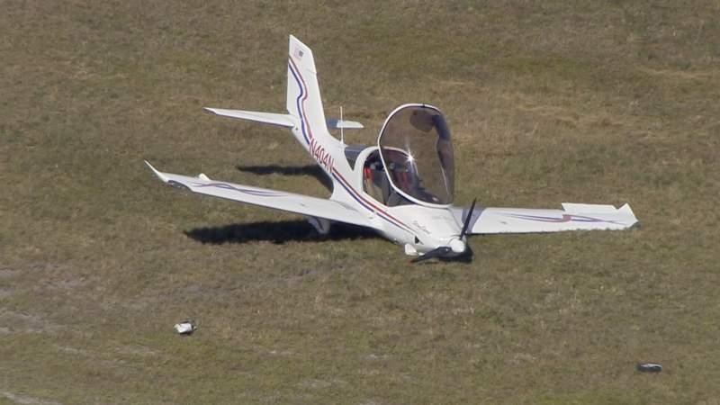 Sky 10 over hard landing in Pembroke Pines.