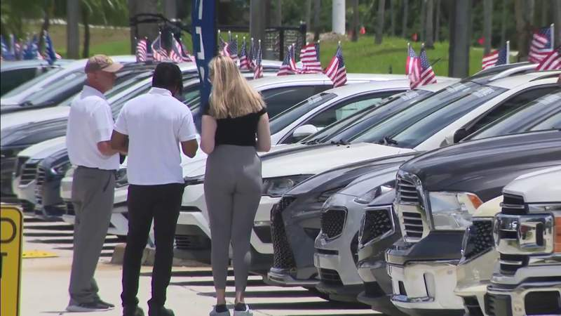 Global chip shortage affects supply at car dealerships in South Florida