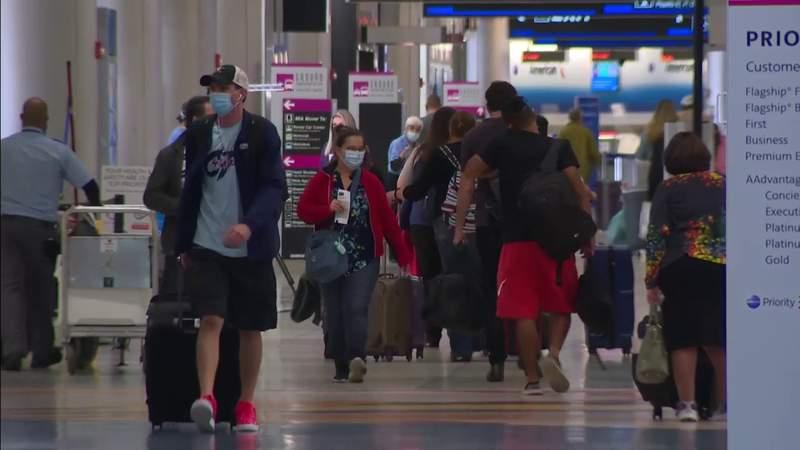 Tourism industry braces as coronavirus pandemic changes holiday travel season